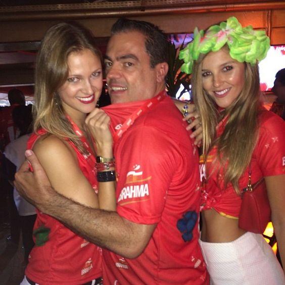 Meus amores Jessica Rodrigues e Rafaela Gewehr #camarotedabrahma