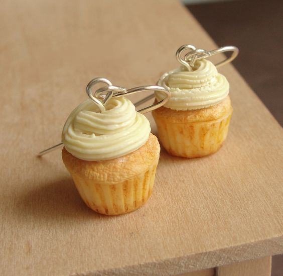 Polymer Clay Cupcake Earrings by *fairchildart