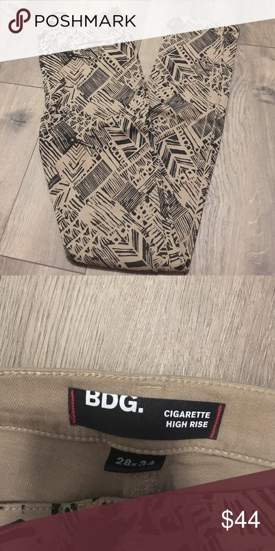 BDG Urban Outfitters high rise Aztec jeans High rise Aztec jeans from urban outfitters. Size 28. In great condition. Worn only once. Urban Outfitters Jeans Skinny