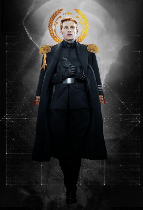 unlikelymilliner:  Emperor Hux: