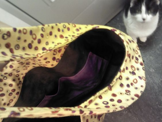 inside of purse, with pockets. Accompanied by my sewing assistant.