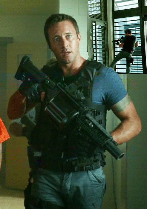 Hawaii Five-0 | Alex O´Loughlin ~ An Intense Study | Page 110