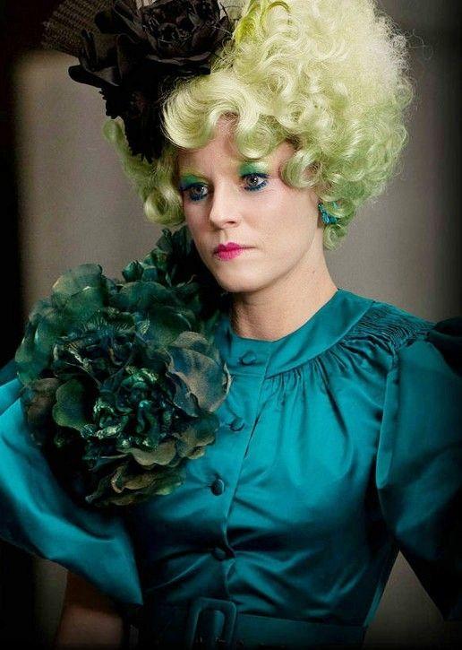 Effie Trinket fashion.