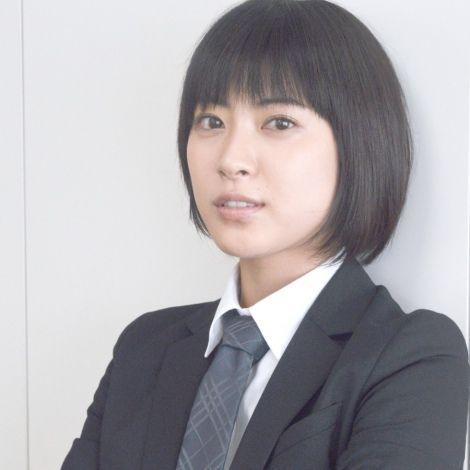 ショートヘアの瀧本美織