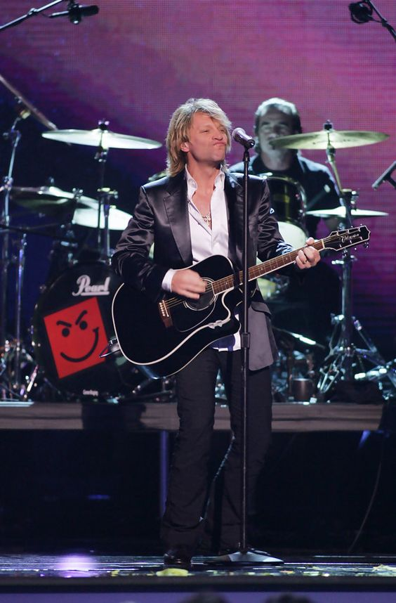 Jon Bon Jovi Photos: The 39th Annual Country Music Association Awards - Show