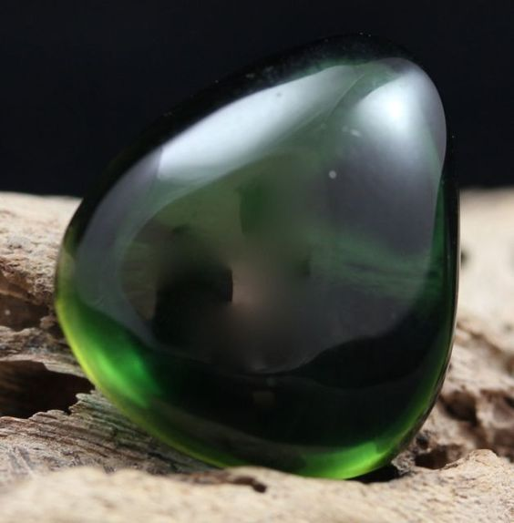 Gaia Stone is the name given to a glassy material derived from the ash of the Mount St. Helens volcanic eruption of 1980. Gaia Stone carries strong Earth energy