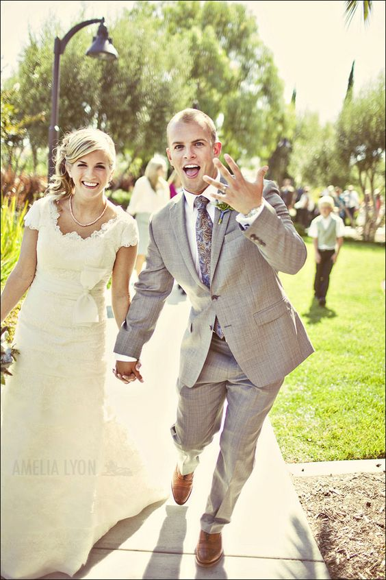 I just want my husband to be this excited. And that dress is really pretty: