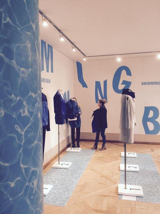 """""""Swimming blue"""" Village des Créateurs, Galerie Joyce Paris, Catalogue studio."""