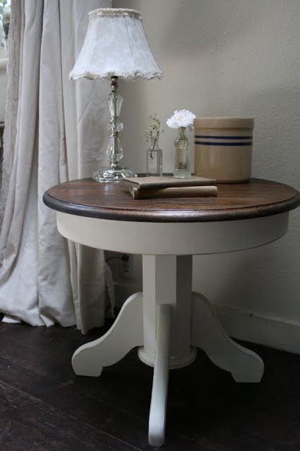 Reloved Rubbish: Two-Toned Pedestal Tables