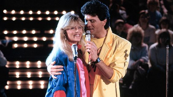Lena Valaitis und Costa Cordalis bei einem Auftritt 1985 © KPA
