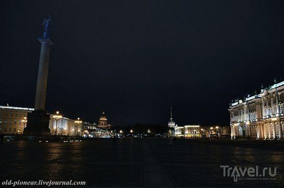Санкт-Петербург. Дворцовая площадь и Зимний дворец