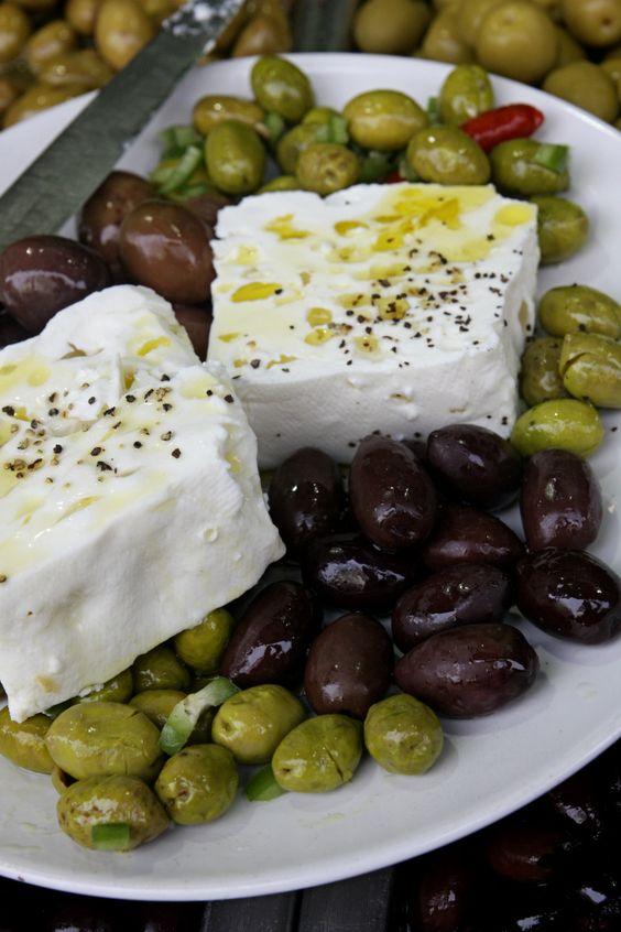 Discovering Israel – A day spent in Tel Aviv exploring Levinsky mkt   cooking hummus w Maya Maron