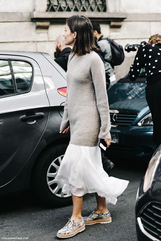 MFW-Milan_Fashion_Week-Spring_Summer_2016-Street_Style-Say_Cheese-Maria-Dueñas-Midi_Skirt-Snake-Oxfords-