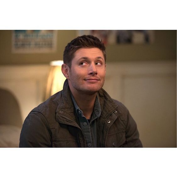 Did somebody say pie? AWWWW Dean Winchester ♥◡♥ #Supernatural
