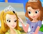 In Sofia The Painter, a real princess has to be not only a beautiful and good girl, she should also be a talented artist. For that, Sofia took some painting classes and now, our cute little princess is a really fabulous painter. Help Sofia the painter to make a beautiful portrait of her friend. She bought all the needed painting supplies using her credit card. Have fun playing Sofia the First!