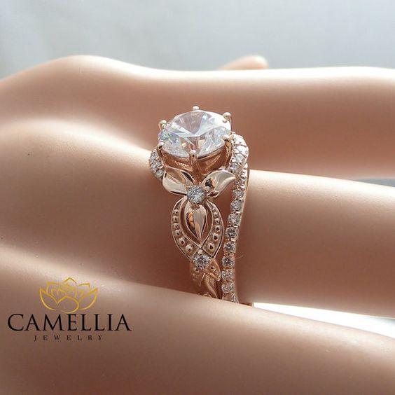 Einzigartige Diamant Verlobungsring 14K Rose von CamelliaJewelry