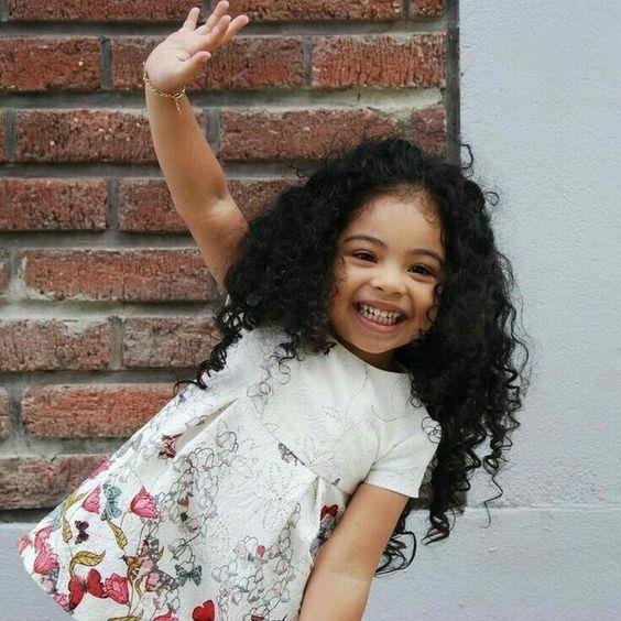Fotos tumblr de crianças sorrindo com alegria