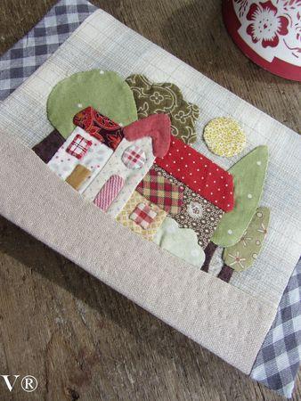 House mug rug: