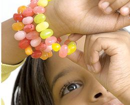 jelly bean bracelets...fun to make AND eat.  :)---- for an spring party activity