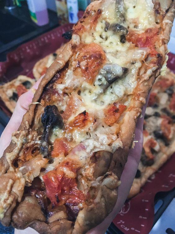 Мужская пицца с салом