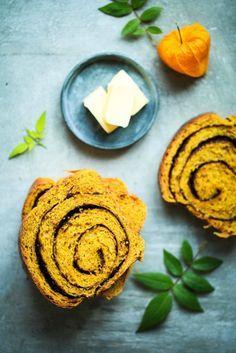 Kürbisbrot mit Schokoladenswirl - pumpkin bread with chocolate swirl | gefunden auf zuckerzimtundliebe.de