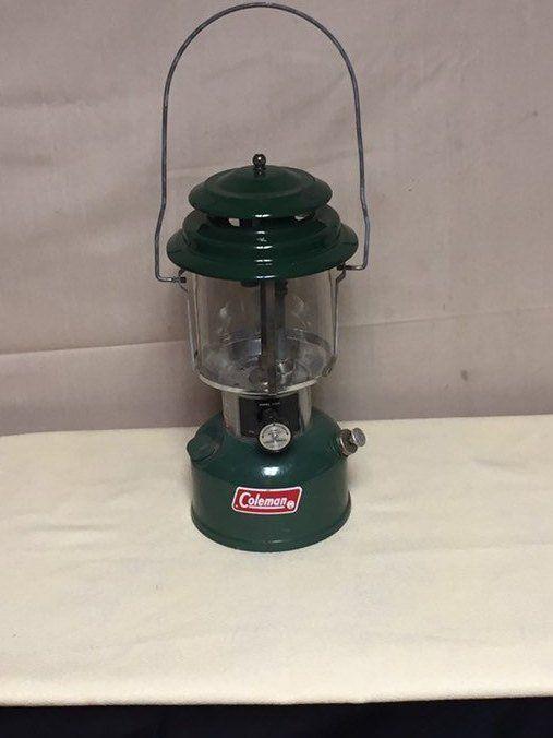 Vintage 1973 Coleman Fuel Lantern Model 220h With Original Etsy Camping Lanterns Lanterns Lantern Lights