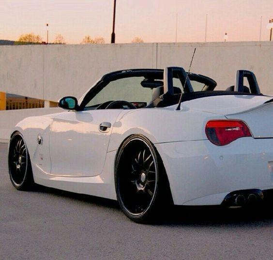 White Convertible Bmw Z4 Bmw Z4 Bmw Bmw Z4 Roadster