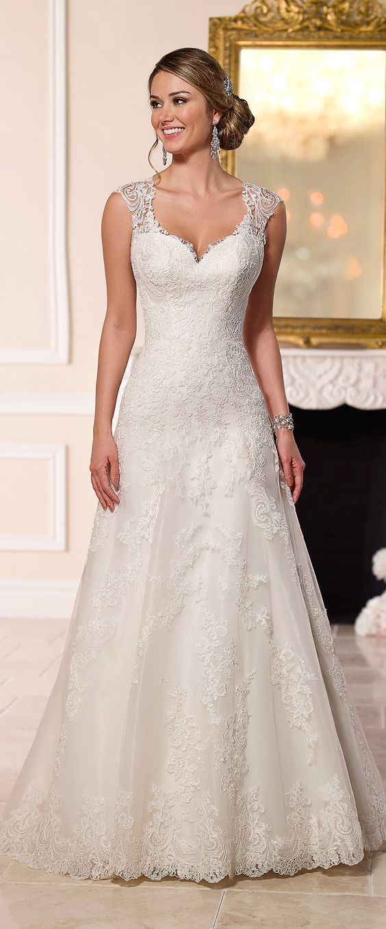 Stella york a line lace wedding dress 2016 wedding for Vintage lace wedding dress pinterest
