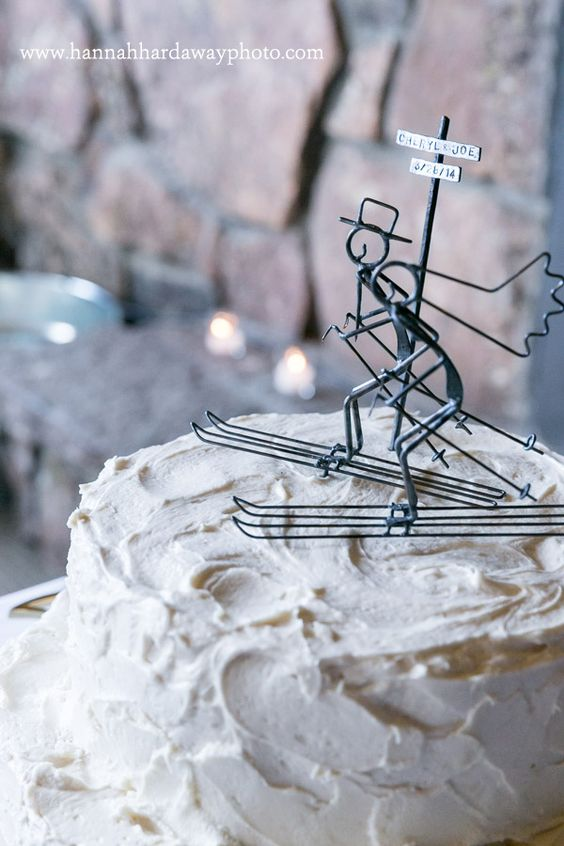 Jackson Hole Wedding Cakes