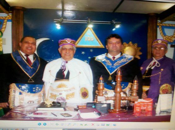 RITO    BRASILEIRO   DE MAÇONS ANTIGOS LIVRES E ACEITOS - MM.´.AA.´.LL.´.AA.´.: EMINENTE IRMÃODAMIÃO ROCHA GONÇALVES10 ANOS DE GR...