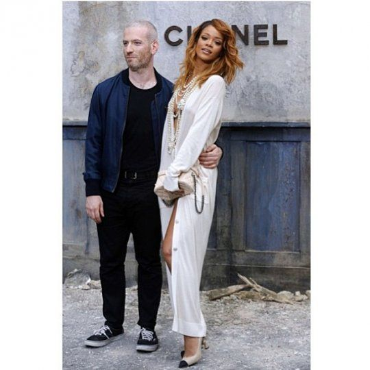 Rihanna was armed with the man behind her look on her arm, stylist Mel Ottenberg.