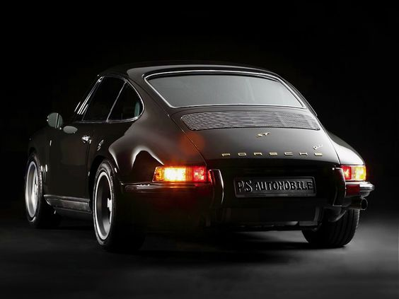 1990er Porsche 911 (964) Carrera 2 Coupé, Aufbau im Retro-Stil des 1971er 911 ST 2,3