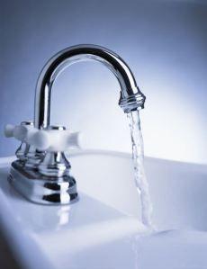 water storage myths  Tap Water photo c/o scienceblogs.com