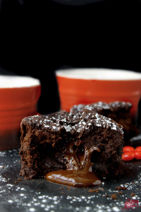 Vegan and Grain-Free Black Bean Lava Cakes (refined #sugarfree, too!). #recipe | rickiheller.com