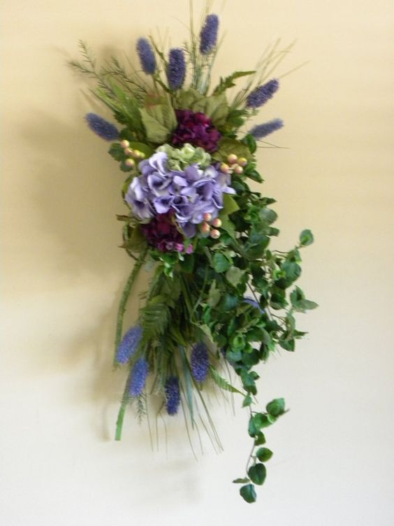 Door swag, Purple hydrangeas and Hydrangea flower on Pinterest