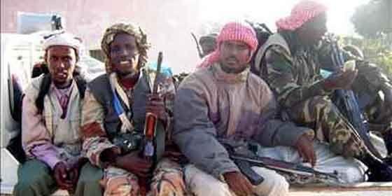 Http Desenvolturasedesacatos Blogspot Com Piratas Da Somalia A Verdade Que A Midia Nao Most Ecossistema Marinho Barco Pesqueiro Arte De Pesca
