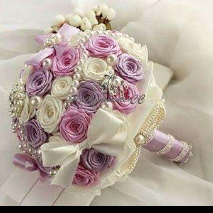 I Like The Shape Of These Roses Not The Color Fiori Di Seta Bouquet Da Sposa Bouquet Matrimonio