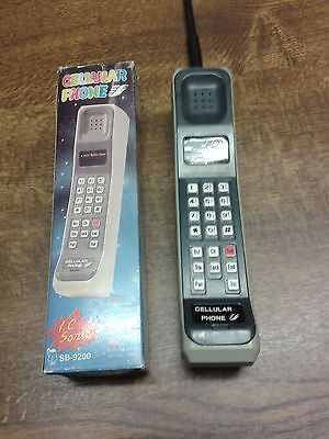 1980's style vintage #brick #cellular #phone toy sb-9200 (working) i c sonic,  View more on the LINK: 	http://www.zeppy.io/product/gb/2/131681932478/