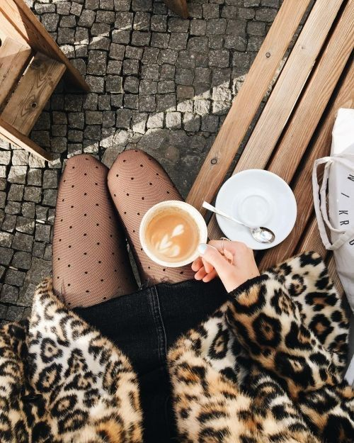 coffee flatlay photo inspiration | cafe flat lay instagram photo styling ideas | vintage photography style | outfit with coffee