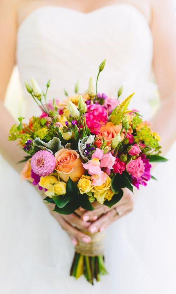 most affordable wedding flowers 30 gorgeous summer wedding bouquets wedding 6025