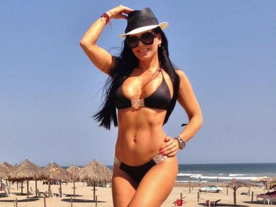 maribel guardia bikini 2013   Maribel Guardia presume cuerpazo desde el puerto de Acapulco - Terra ...