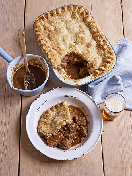 This delicious meat and potato pie recipe is very easy to make, and a good hearty meal to serve for the rest of your family! This pie recipe from the King of baking, Mr Paul Hollywood, is a must-try at home!