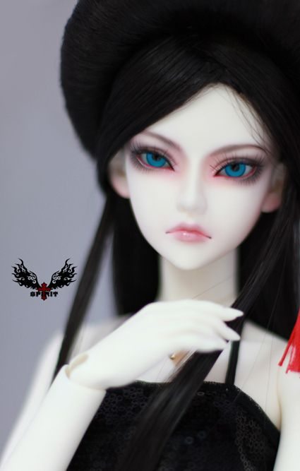 Spiritdoll Proud Freesia - For my character Logan. I may hybridize her with a different body.