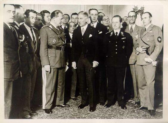 Franz von Papen und Hermann Göring in Rom Photographie Keystone View Company Rom, Juli 1933