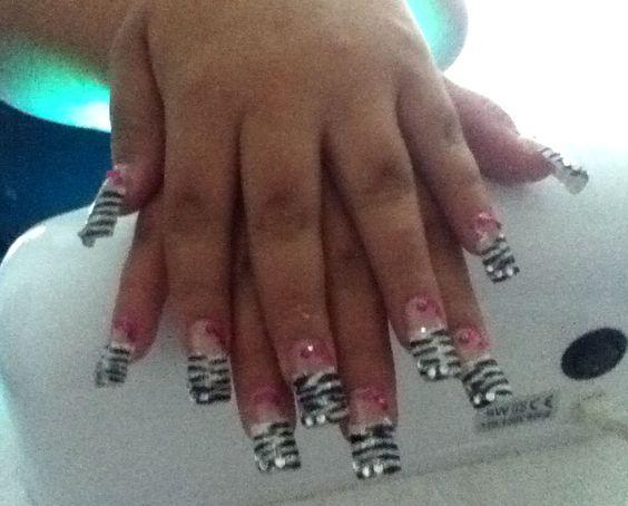 Nails animal print cebra