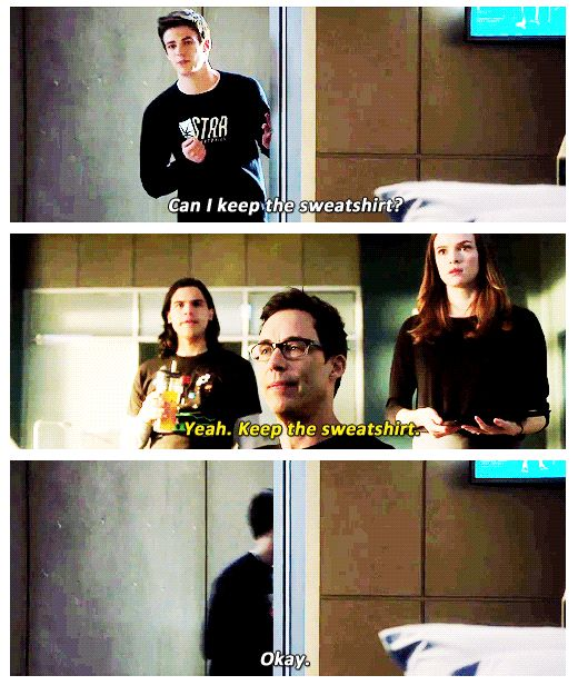 The Flash - Barry, Cisco, Caitlin and Dr. Harrison Wells. I WANT THE SWEATSHIRT.