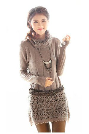 Amazon.co.jp: FrontStage ファッションショップ・レース織柄のスカートとルーズタートルのニットワンピース・ベルト付 (茶): 服&ファッション小物通販