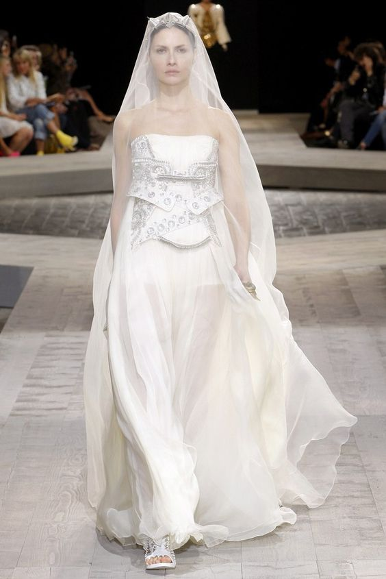Givenchy Fall 2009 Couture Fashion Show - Ana Claudia Michels: