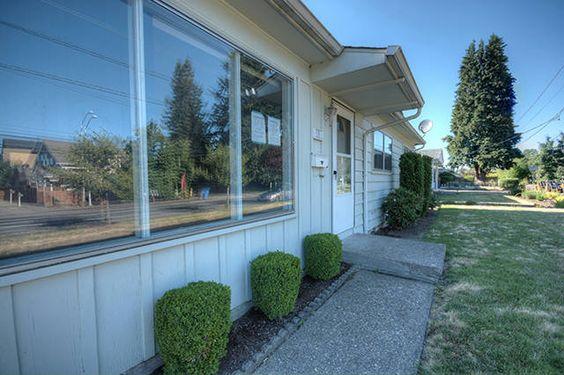 Front of house. #RealEstate #ForSaleRealEstate #RealEstateForSale #VancouverWARealEstate #WashingtonRealEstate #HomesForSale #House #FrontDoorRealty #Northwest #Vancouver #Lieser #MillPlain #Sold