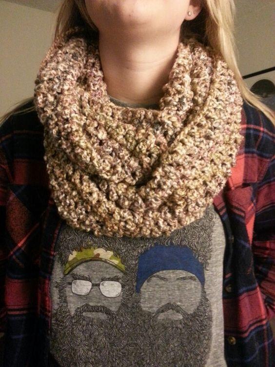 Chunky infinity scarf . Lions brand homespun yarn Color ...